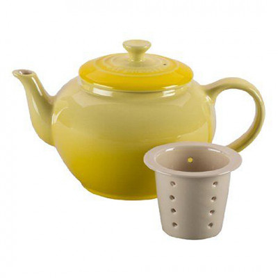 Le Creuset Small Teapot with Infuser Soleil